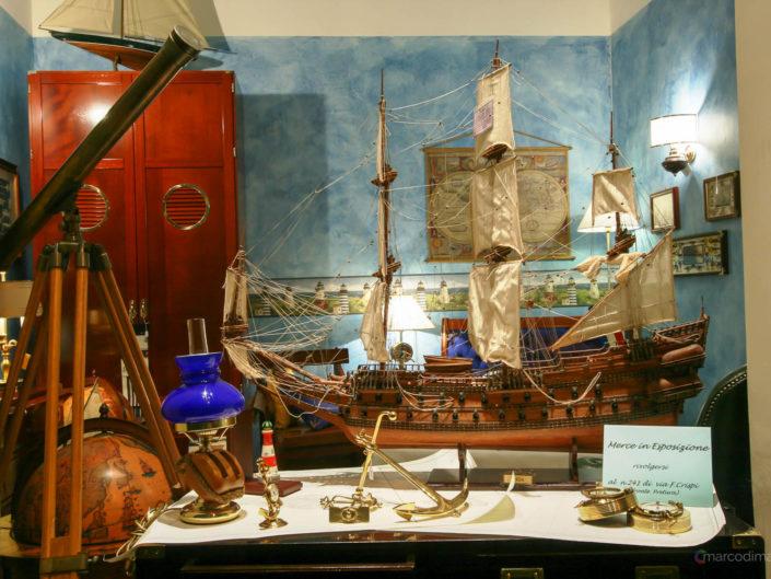 Barca in esposizione Brezza di Mare